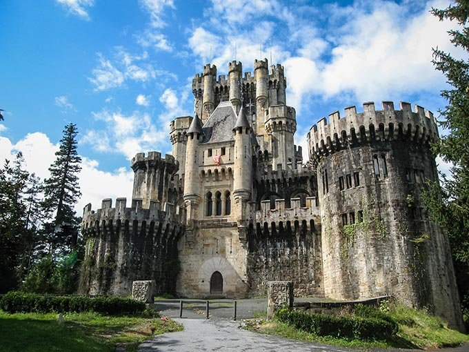 Resultado de imagen de Turismo lanza el club de producto Castillos y Palacios de España